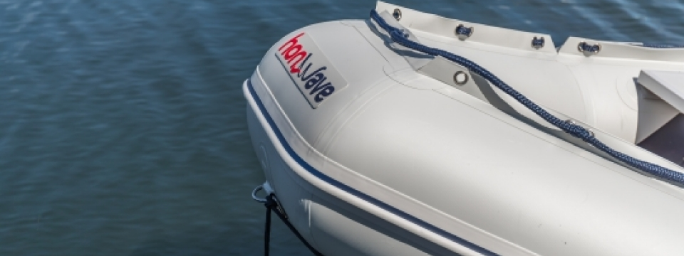 Pennine Marine honda outbiard engines and honwave inflatable boats for river and canal  cruising and as yacht tenders and outboard engines. see here for customer reviews of honda outboard marine engines and honwave inflatable boats, including youtube videos and all kinds of photos and images of honda boat and engine packages for sale in the North for reasonable sale prices and great offers. Honwave boats and honda outboard engines are for sale here in Ilkley yorkshire to customers in yorkshire, lancashire