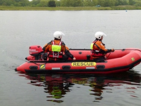 The zodiac milpro ERB, the emergency response boat is, as the name suggests,opytimised for depoyment by first responders such a fire brigades, coastguards, ambulance and flood response teams Fire brigares all over the UK use the ERB emergency response boats to deploy rapidly from appliances to deal with casualties and water-bourne rescues on the water. the Zodiac Milpro ERB wa sformerly called the Avon ERB; with the ERRb having many years of service with fire brigades and other flood rescue organisations