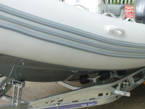 this medline 580 rib is one of the zodaic and zodiac nautic series of ribs which are designed for family fun in the sun. thi sprize - and superb - example of a used preowened rib is like new and is in super condition throughout. This zodiac medline rib is for sale here in the Uk and EU can be exported internationally. The medline is fir sale on boats and outboards, at the southampton boat show, on ribnet and in poewerboat and rib magazine. The medline rib is a family friendly rib which can be used to cruise