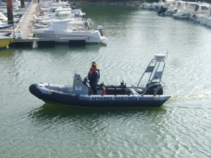 Zodiac milpro SRR responder ribs were origannlyy called avon SRR responder ribs. The Zodiac milpro SRR responder rib is based on the legendary Avon searider rib and the Zodiac milpron SRR rib boat has a durable design optimised for commercail , professional and military use, including patrol, diving and workboat functionality. The Zodiac Milpro SRR Responder (formerly avon) rib boat is tough and seaworthy being made to military Royal Navy standards with neoprene hyperlon tubes and commercial grade equipment