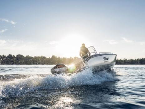 Torqeedo Electric Outboard Engines, Torqeedo Deep Blue Electric Outboard Engines, Outboard engines electric, 40hp and 80hp outboard engine
